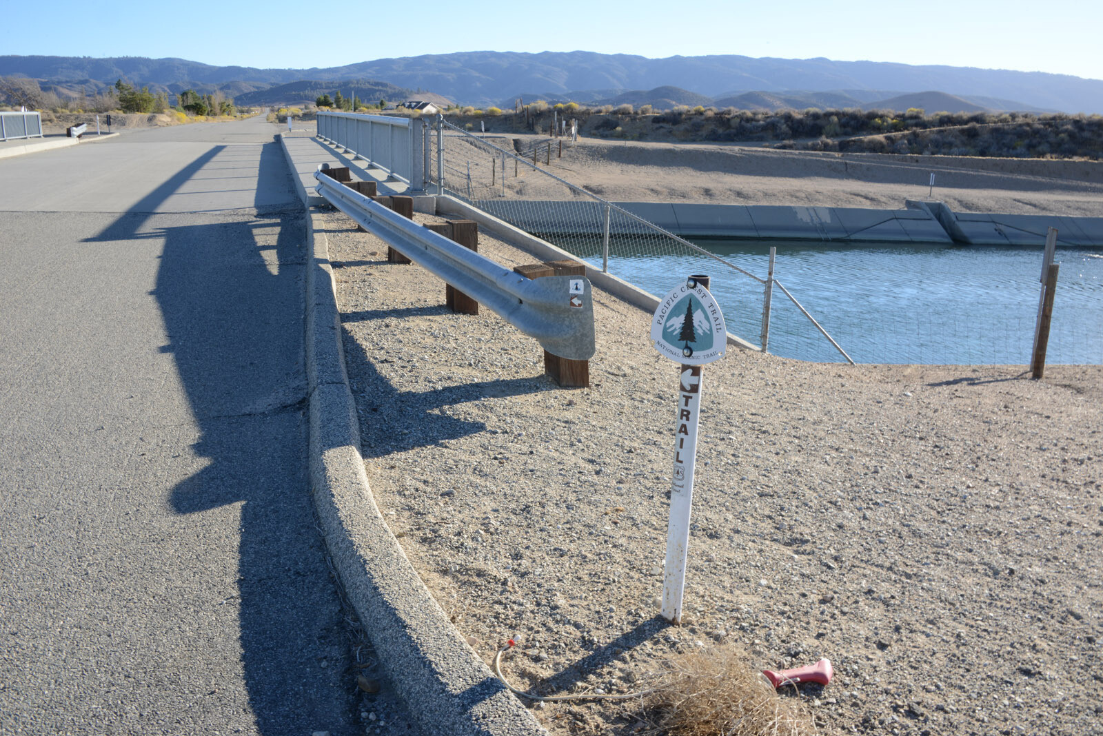 Two Of The Three Aqueducts That Supply Water To Southern California Cross At This Point In The Antelope Valley Water In The Los Angeles Aqueduct