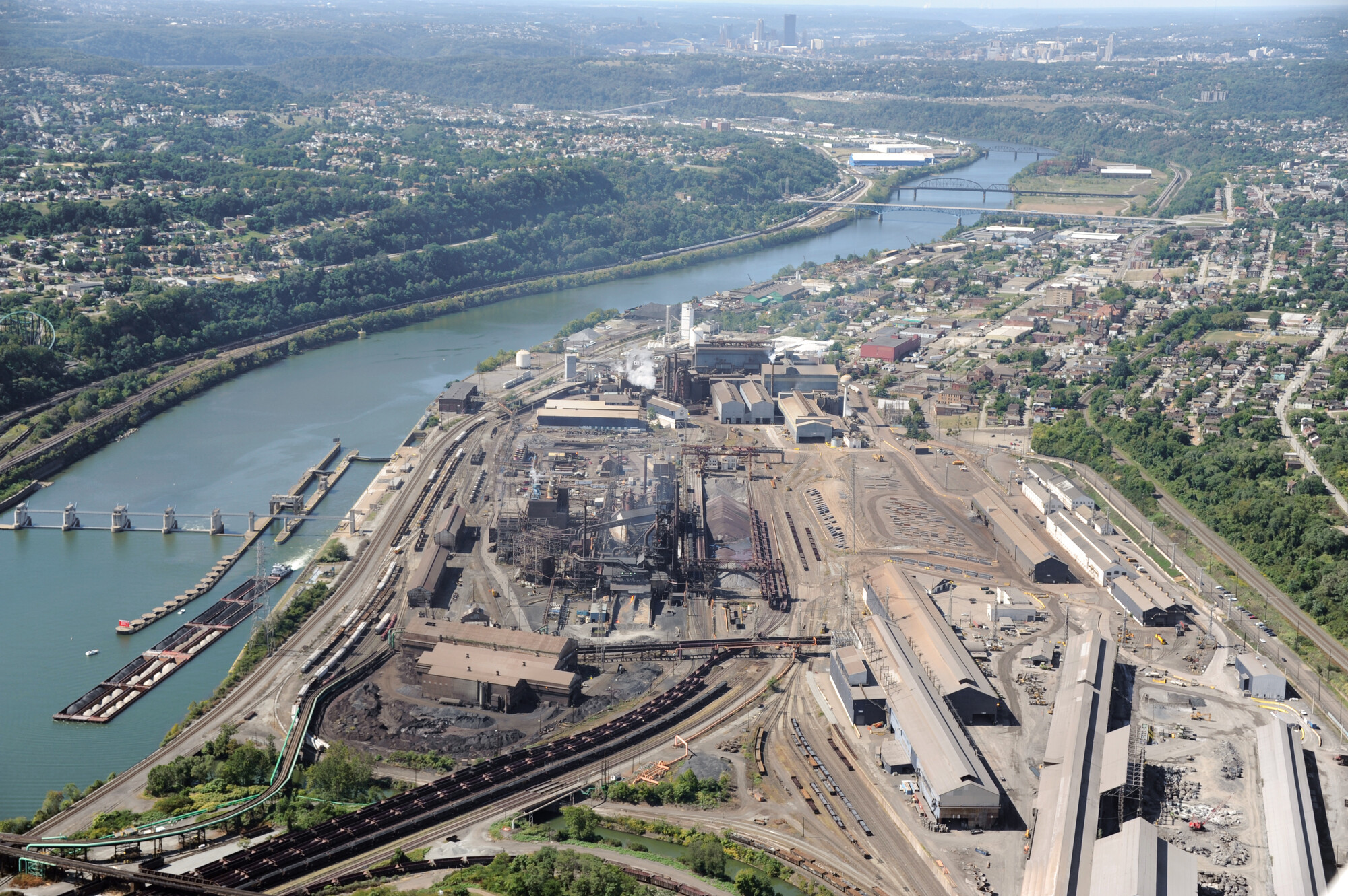 A Few Miles Up The Monongahela River From Downtown Pittsburgh Is U S Steel S Edgar Thompson Steel Plant The First Steel Works Here Were Built In 1875 To
